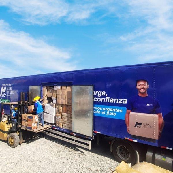 3 vehiculos de transporte de carga de machupicchu cargo