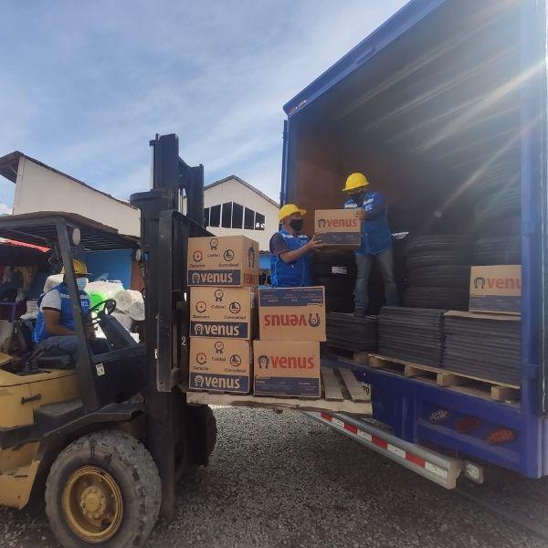 5 vehiculos de transporte de carga de machupicchu cargo